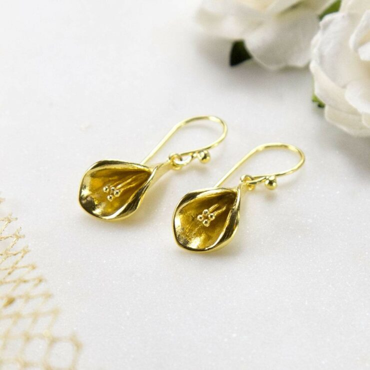 Gold plated blooming calla lily hanging earrings