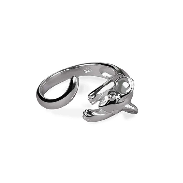 Polished silver wrap around mouse ring