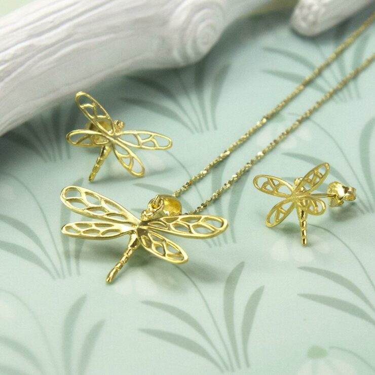 Small Gold plated dragonfly in flight studs