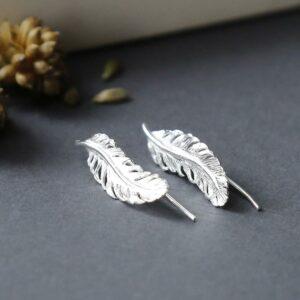 Silver lotus flower pendant necklace