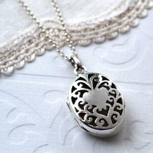 Silver decorative round vintage locket