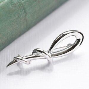 Silver wrap around loop brooch