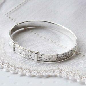 Silver adjustable decorative leaves baby bangle