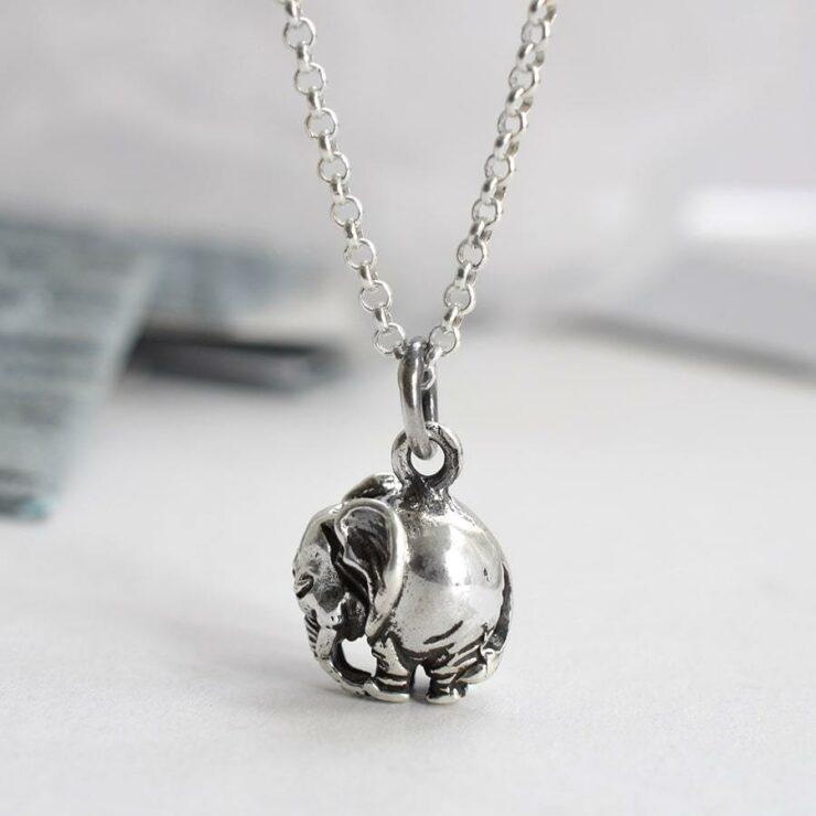 Silver elephant figurine pendant necklace