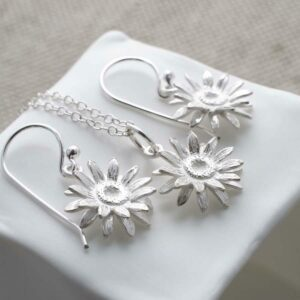 Silver Daisy Jewellery Set by Martha Jackson