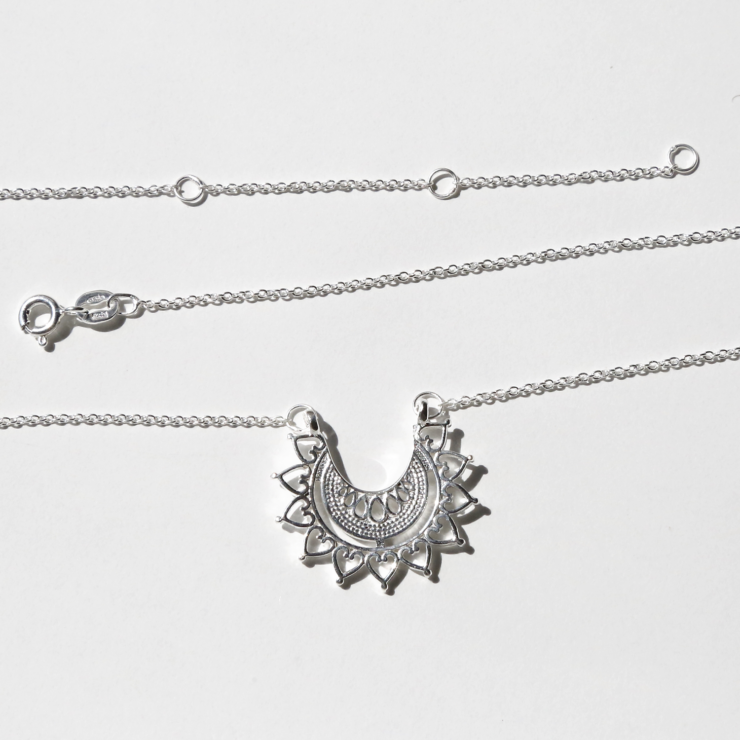 Sterling silver marrakech affair necklace on white background and showing clasp.